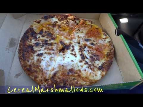 Subway Pizza Review WTF Subway's New Pizzeria Fresh Baked Fast Food Cheese Pizzas Taste Test