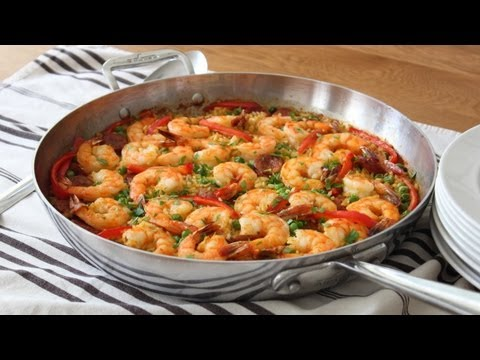 Quick & Easy Paella – Oven Baked Sausage & Shrimp Paella Recipe