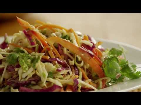 Salad Recipes – How to Make Asian-Style Coleslaw