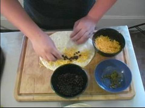 Barbecue Side Dish Recipes : Making Vegetarian Quesadillas