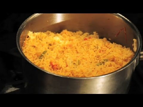 How to Make Mexican Rice as a Side Dish : Texas Flavors