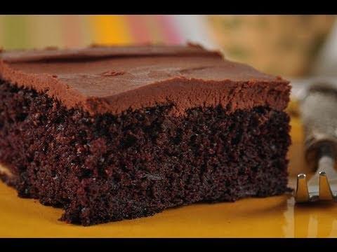 Chocolate Banana Cake Recipe Demonstration – Joyofbaking.com