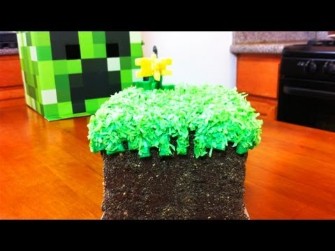 MINECRAFT CAKE – NERDY NUMMIES