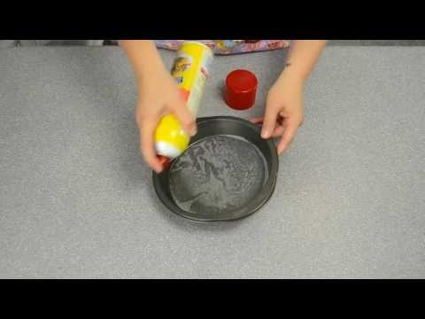 Non Stick Cake Pans: Baking Quick Tip from Cookies Cupcakes and Cardio