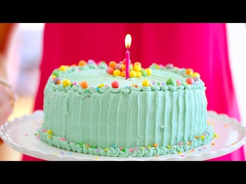 Birthday Cake! Funfetti with Bubblegum Buttercream Frosting – Gemma's Bigger Bolder Baking Ep. 28