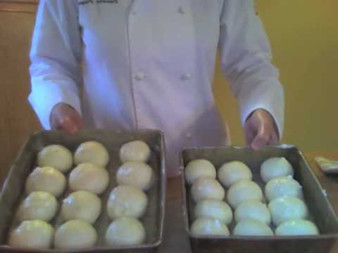 How to Make Homemade Dinner Rolls
