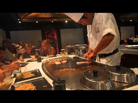 teppan edo chef making dinner