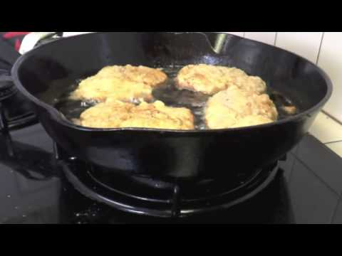 How To Make Crispy Fried Pork Chops Breakfast   Cast Iron Cooking