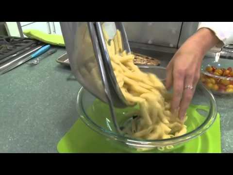 Honey Mustard Salmon Pasta Salad – an easy meal idea from Fresh & Easy Neighborhood Market