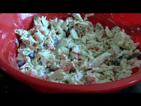 KIANNA'S KITCHEN:  CRAB SEAFOOD SALAD THAT I PROMISE YOU WILL LOVE