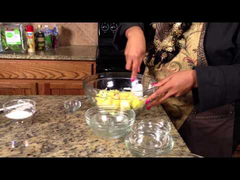 Mexican Pineapple Salad : Making Salads
