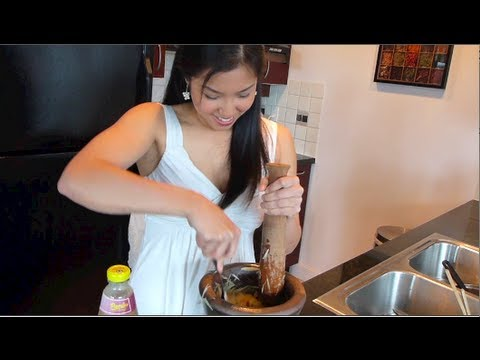 Papaya Salad (Som Tum) ส้มตำ – Hot Thai Kitchen!