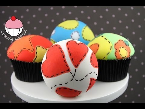 Make Fondant Patchwork Cupcakes – Easy Sugar Fabric Technique by Cupcake Addiction