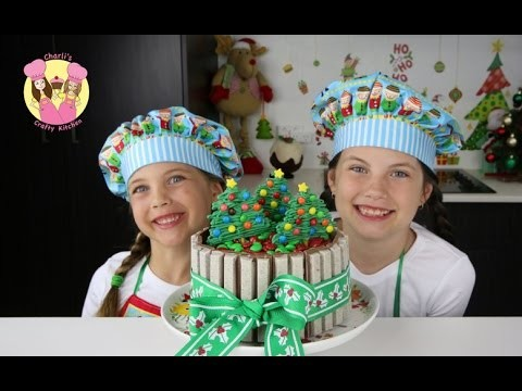 KIT-KAT CHRISTMAS CAKE with m&ms – Cake Decorating Tutorial by Charli's crafty kitchen