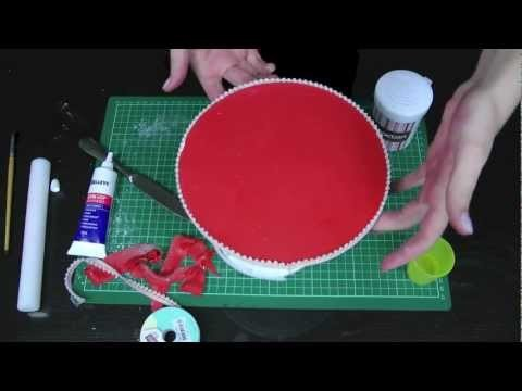 How to Cover / Ice a Cake Board for Perfect Presentation – A Cupcake Addiction How To Tutorial
