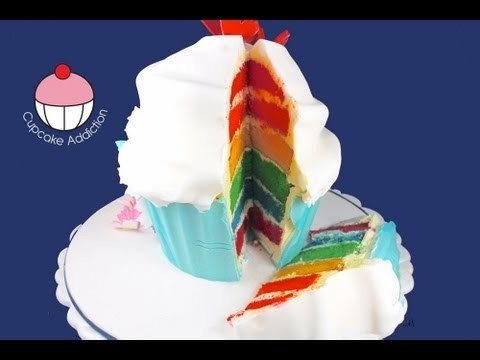 Cut & Serve a Giant Cupcake – a Cupcake Addiction How To Tutorial