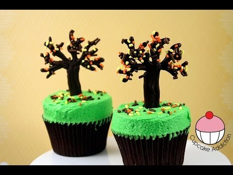 """Make Thanksgiving """"Fall / Autumn"""" Tree Cupcakes – A Cupcake Addiction How To Tutorial"""