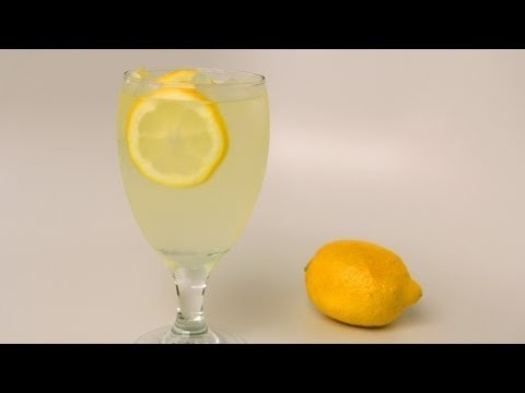 Homemade Lemonade Recipe – Laura Vitale – Laura in the Kitchen Episode 409