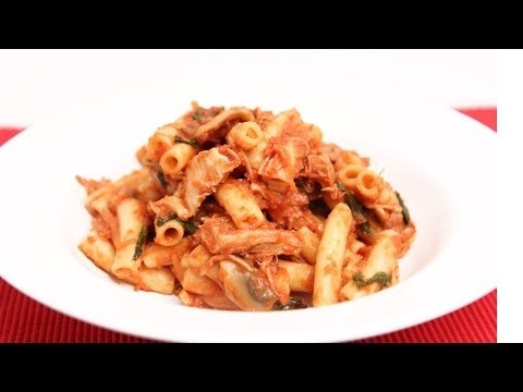 Quick Turkey Cacciatore Pasta – Laura Vitale – Laura in the Kitchen Episode 678
