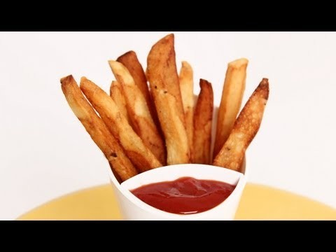 Homemade French Fries Recipe – Laura Vitale – Laura in the Kitchen Episode 593