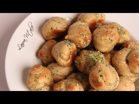 Homemade Garlic Knots – Recipe by Laura Vitale – Laura in the Kitchen Episode 290