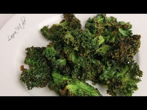 Homemade Kale Chips Recipe – Laura Vitale – Laura in the Kitchen Episode 343