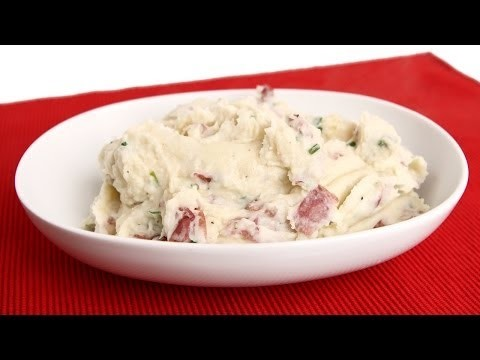 Red Skin Mashed Potatoes Recipe – Laura Vitale – Laura in the Kitchen Episode 677