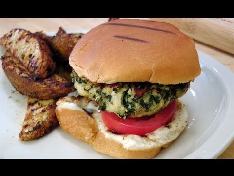 Spinach Turkey Burgers – Recipe by Laura Vitale – Laura in the Kitchen Episode 119