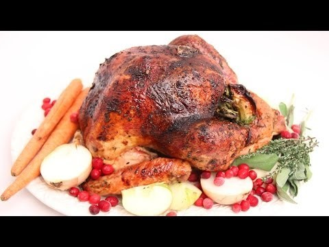 Apple Cider Glazed Thanksgiving Turkey Recipe – Laura Vitale – Laura in the Kitchen Episode 673