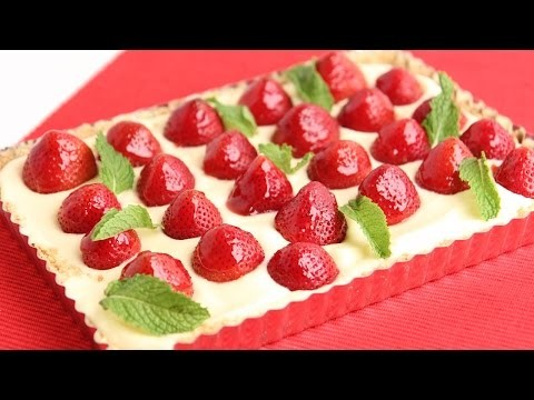 Lemon Curd Strawberry Tart Recipe – Laura Vitale – Laura in the Kitchen Episode 792