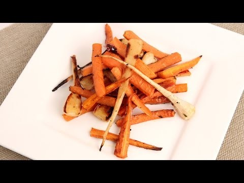 Honey & Thyme Roasted Carrots & Parsnips Recipe – Laura in the Kitchen Episode 852
