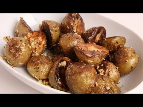 Skillet Roasted Potatoes Recipe – Laura Vitale – Laura in the Kitchen Episode 338