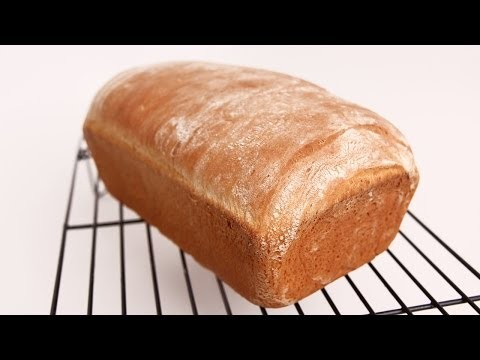 Homemade Sandwich Bread – Laura Vitale – Laura in the Kitchen Episode 655