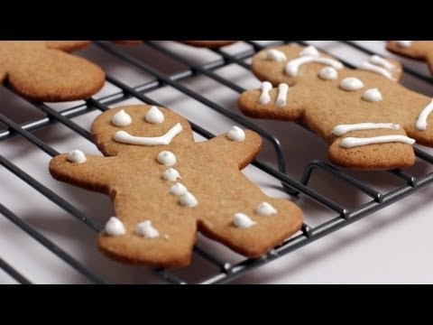 Gingerbread Man Cookie Recipe – Laura Vitale – Laura in the Kitchen Episode 253