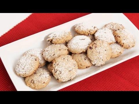 Homemade Pecan Sandies Recipe – Laura Vitale – Laura in the Kitchen Episode 833