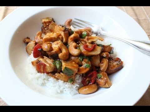 Cashew Chicken – Leftover Chicken with Cashews in Spicy, Sweet & Sour Sauce