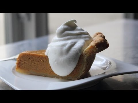 Homemade Whipped Topping – Fresh Whipped Cream vs. Processed Whipped Topping