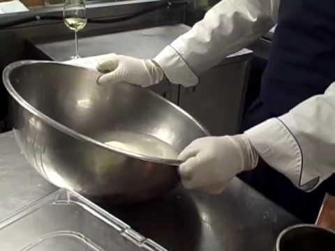How to Make Mozzarella – Mozzarella Cheese Making Demo