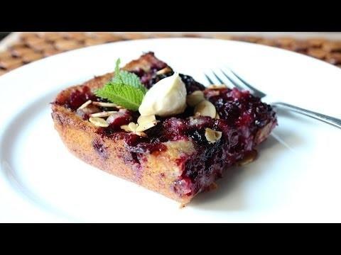 Blackberry Buckle Recipe – How to Make a Blackberry & Almond Buckle