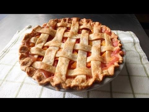 Peach Pie – How to Make a Lattice-Top Peach Pie