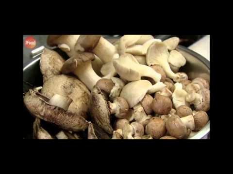 Polenta with mushrooms and gorgonzola