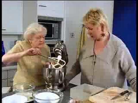 Coconut Fruit Cake – Cake Recipes – UKTV Food
