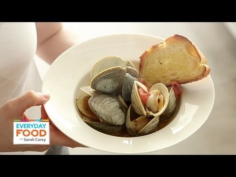 Steamed Clams and Tomatoes – Everyday Food with Sarah Carey