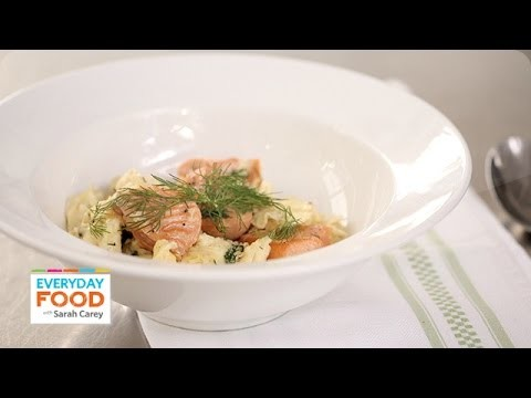 Breakfast Salmon with Scrambled Eggs – Everyday Food with Sarah Carey