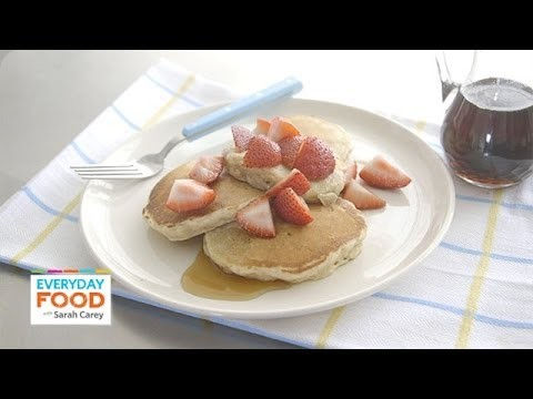 Cinnamon-Oat Pancakes – Everyday Food with Sarah Carey