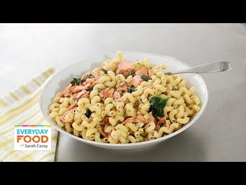 Crusted Salmon-Spinach Pasta Recipe – Everyday Food with Sarah Carey
