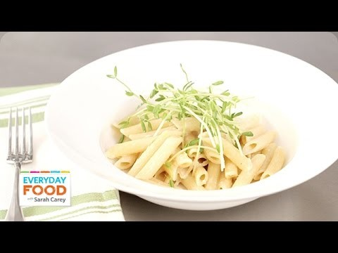 Creamy Roasted Garlic Penne – Everyday Food with Sarah Carey