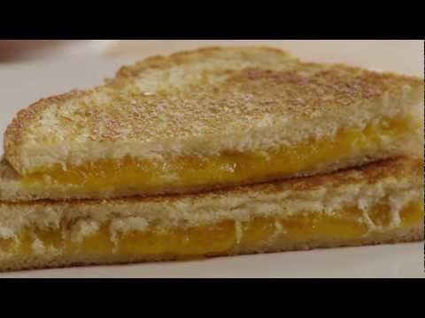 How to Make Easy Grilled Cheese Sandwiches