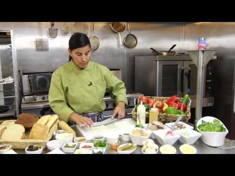 How to Make Pinwheel Sandwiches : Sandwich Recipes