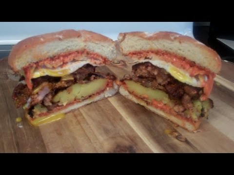 How to make the Ultimate Breakfast Burger – Spicy Chorizo, Potato, and Egg!